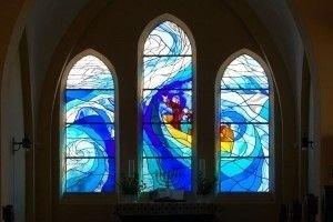 kirkevinduer med mosaik