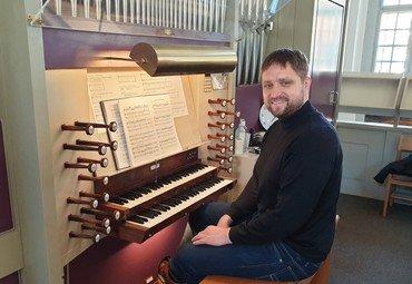 Solbjerg Kirkes nye organist, Rune Skov Thomassen