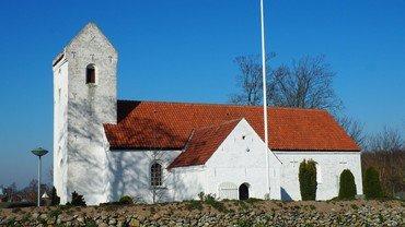 Karlby Kirke