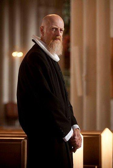 Provst Per Vibskov Nielsen i præstekjole
