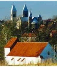 Udsyn fra Asmild Kirke til Viborg Domkirke