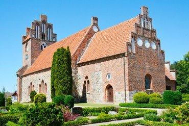 Sværdborg kirke er bygget i slutningen af 1100-tallet