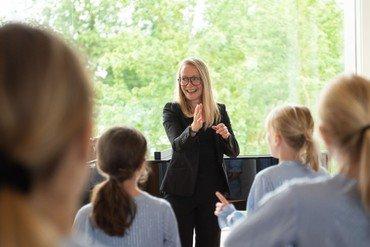Nordsjællands Korskole leder Cille Buch underviser