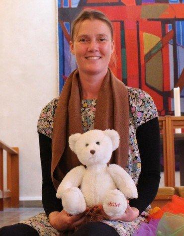 Foto af Rosemaria Rex i kirken.