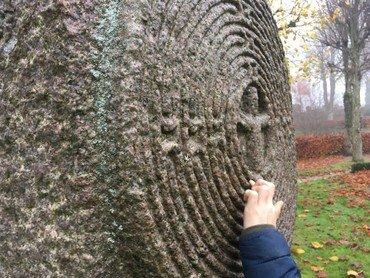 Kristus i labyrint skulptur af Erik Heide