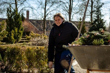 Gravermedhjælper Dyveke Zascha Hinsch
