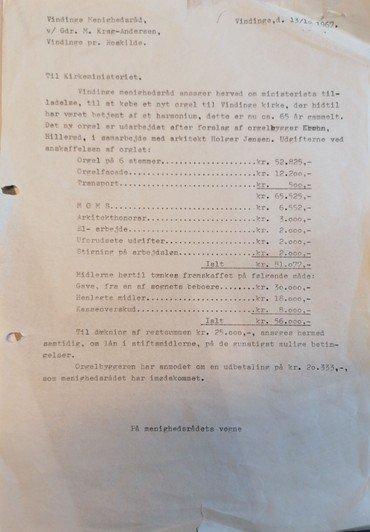 Scannet dokument af ansøgningen til kirkeministeret om lån til finansering af orgel i Vindinge kirke. Heri kan man se at kr. 30.000 af finanseringen er fra en af sognets beboere. Ninna og Holger Andersen
