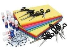 Billede af sakse, papir og limstifter