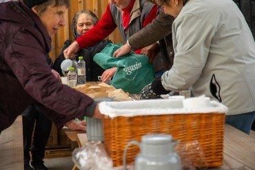Spise pause ved Torsdagstræf ved Himmelsøen