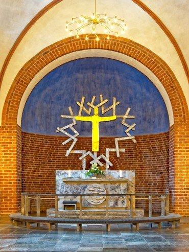 Billede af kirkens alter
