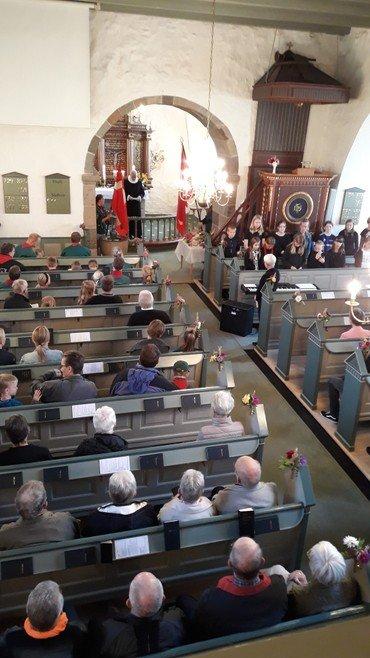 Høstgudstjeneste Resen Kirke