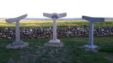 Skulpturer Jegindø Kirkegård