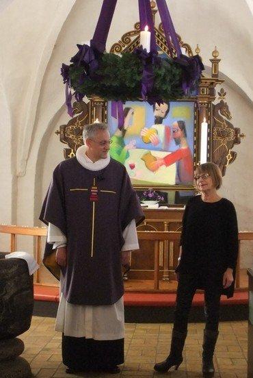 Messehagle foran alter