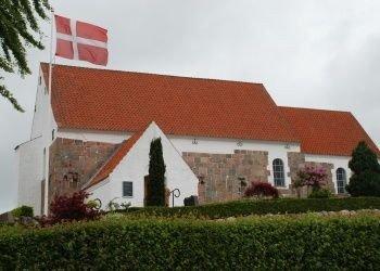 Sankt_Olai_kirke_og_kirkegård