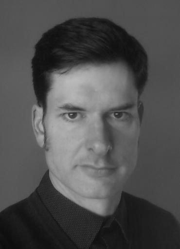 Medarbejder ved Vanløse Kirke: korsanger Mac Wendelboe